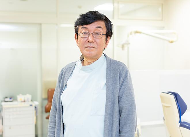 戸崎 秀雄
