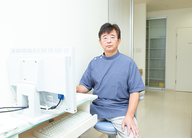 村井歯科医院 院長