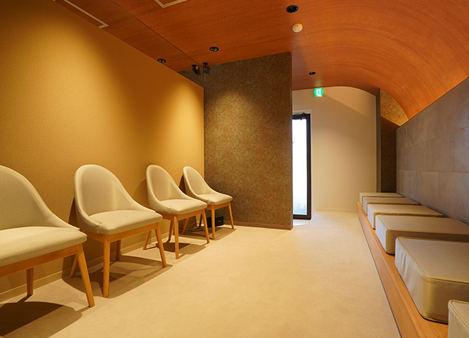 【神戸市:三ノ宮駅(JR)  徒歩1分】 北野坂鳥居歯科医院写真1