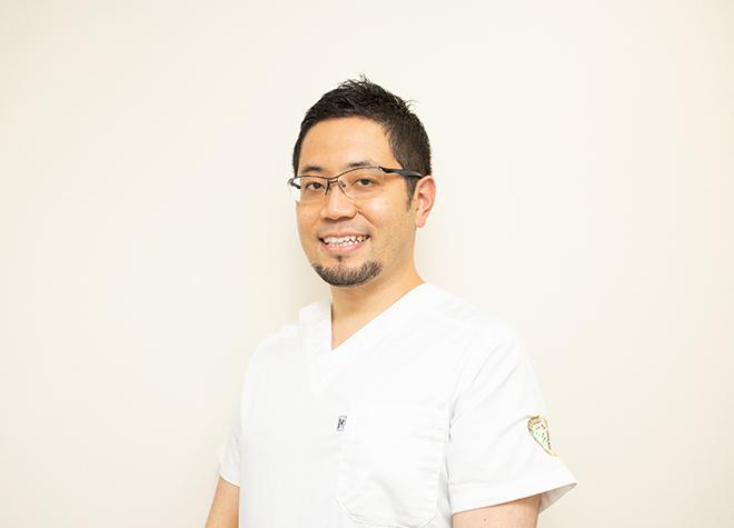 綾瀬駅前りょうデンタルクリニック 歯科医師