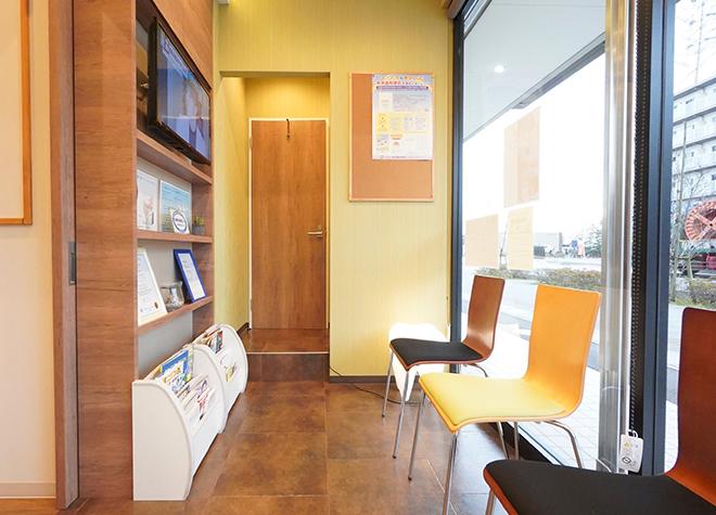八潮駅 出口徒歩 3分 シード歯科診療室のシード歯科診療室 待合室写真4
