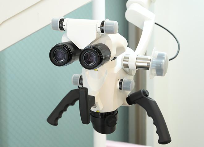 マイクロスコープで患部を拡大!できるだけ削らない・抜かない治療