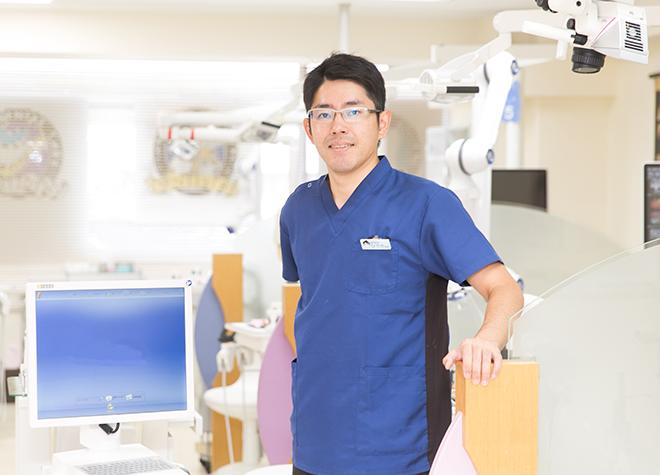 青木歯科医院の院長先生