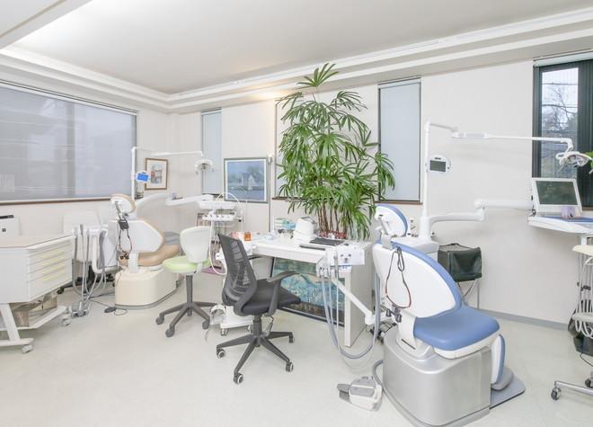 茗荷谷駅 1番出口徒歩 10分 石川歯科医院の治療台写真2