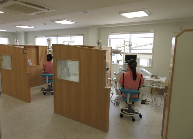 久居駅 出口徒歩 10分 ナカニシ歯科医院のスタッフ写真2