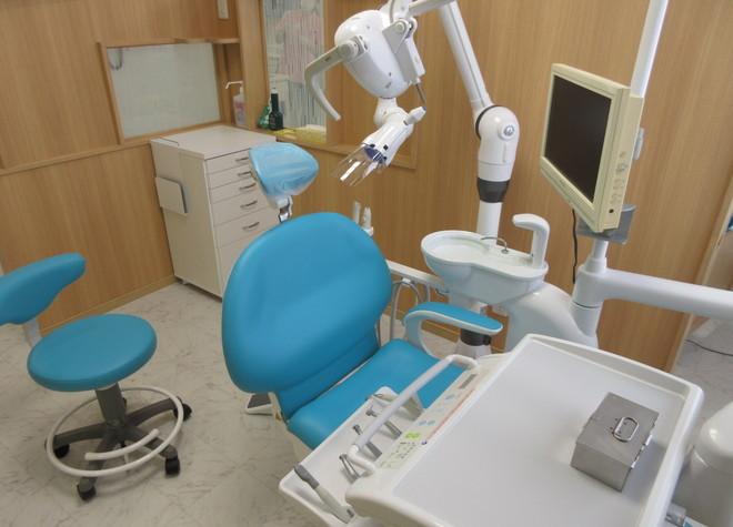 久居駅 出口徒歩 10分 ナカニシ歯科医院の治療台写真4