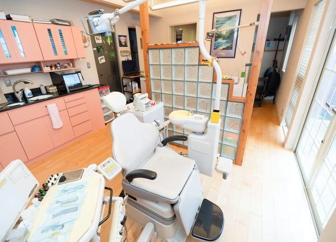 小岩駅 南口車 7分 ながしま歯科クリニックの治療台写真2