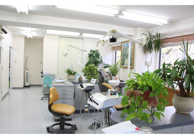 博多駅 筑紫口徒歩 10分 中家歯科医院の治療台写真7