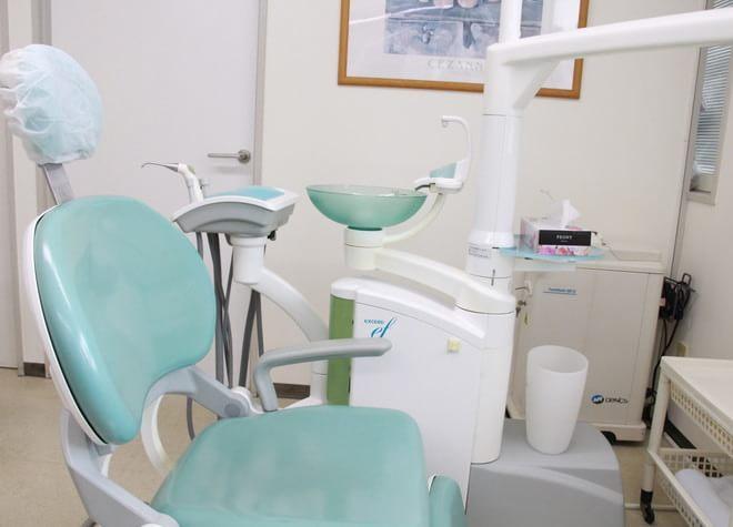 小岩駅 南口バス 5分 高木歯科医院の治療台写真3