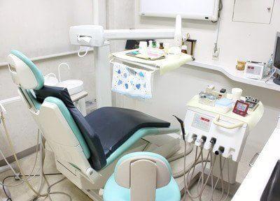 青山一丁目駅 5番出口徒歩 3分 津田歯科医院の治療台写真3