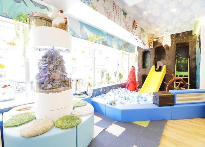 松戸駅 東口徒歩 1分 小児 Care Cure歯科 松戸の院内写真6