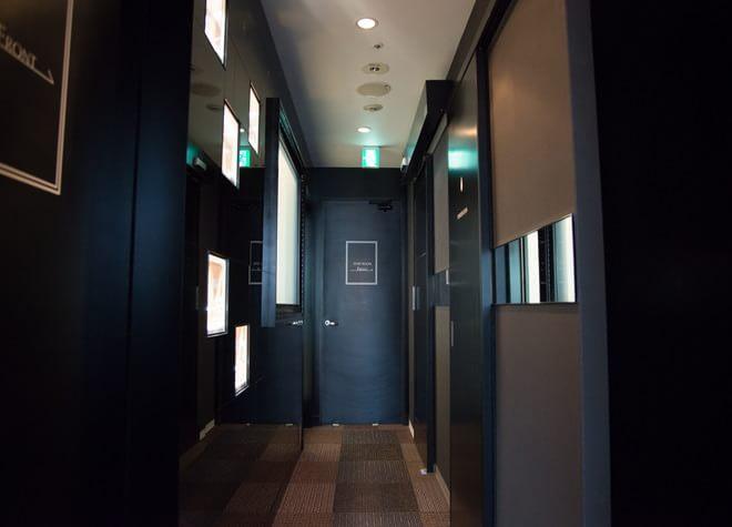 三ノ宮駅 中央口徒歩 1分 SAKULA DENTAL CLINIC KOBEの写真2