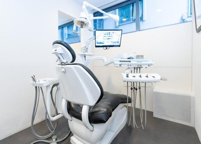 錦糸町駅 出口徒歩 3分 錦糸町スマイル歯科クリニックの治療台写真3