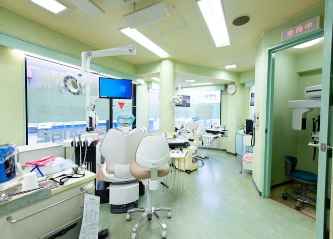 上大岡駅 出口2徒歩 2分 上大岡デンタルクリニックの治療台写真4