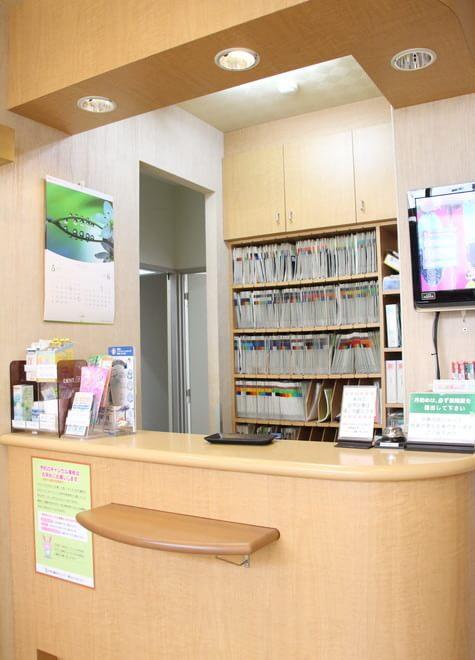 町田駅(小田急) 北口徒歩 3分 やざわ歯科クリニックの院内写真2