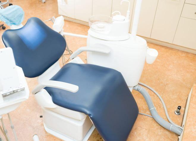 狛江駅 南口徒歩1分 塩谷歯科医院の治療台写真1