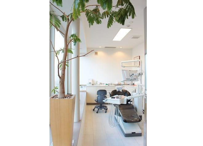 中島公園駅 2番出口徒歩 10分 千葉歯科クリニックの治療台写真4