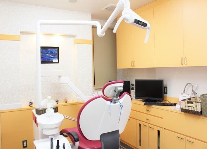 上島駅 車 5分 うめがえ歯科医院の治療台写真2