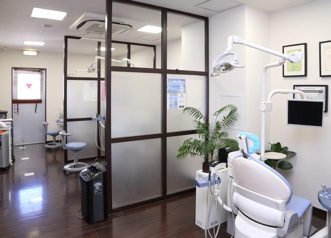 町田駅(JR) 北口徒歩 1分 白倉歯科クリニックの治療台写真2