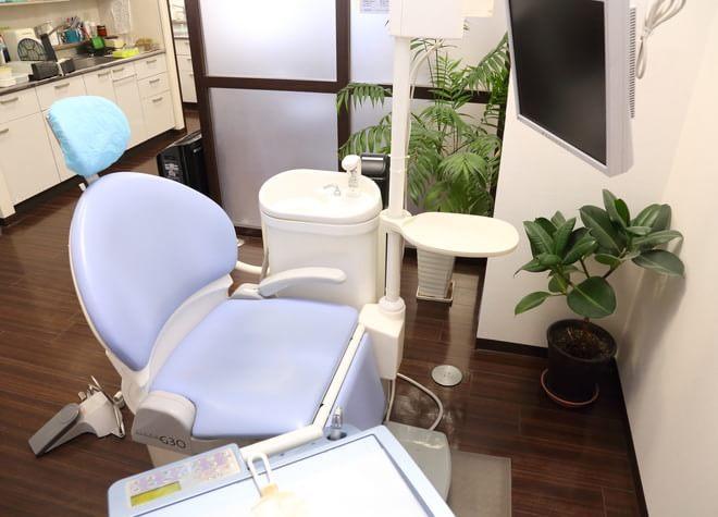 町田駅(JR) 北口徒歩 1分 白倉歯科クリニックの治療台写真3