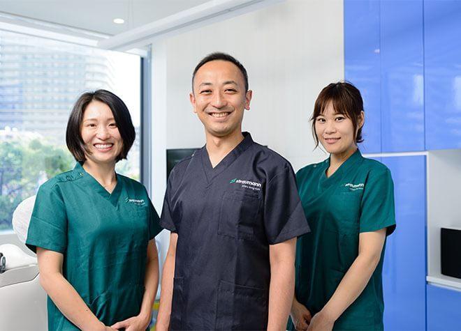 SRデンタルクリニック《自由診療専門歯科医院》の写真1