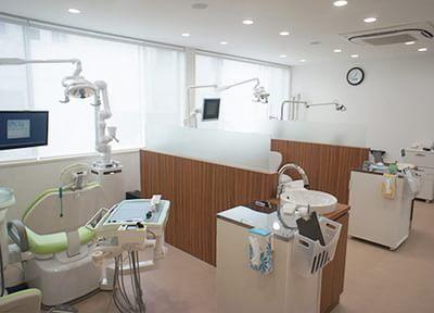 桜井駅(愛知県) 出口車 10分 榊原歯科クリニックの治療台写真2