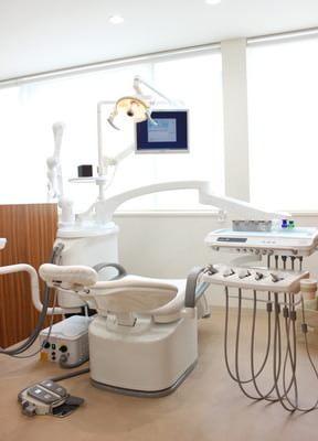 桜井駅(愛知県) 出口車 10分 榊原歯科クリニックの治療台写真3