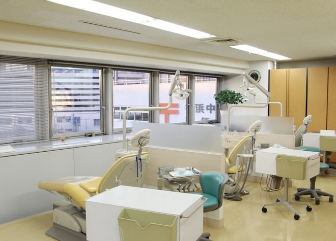 横浜駅 東口徒歩2分 サン横浜歯科矯正クリニック写真7