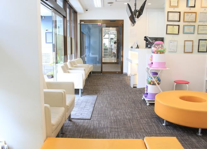 秋川駅 北口徒歩5分 きらら歯科の院内写真1