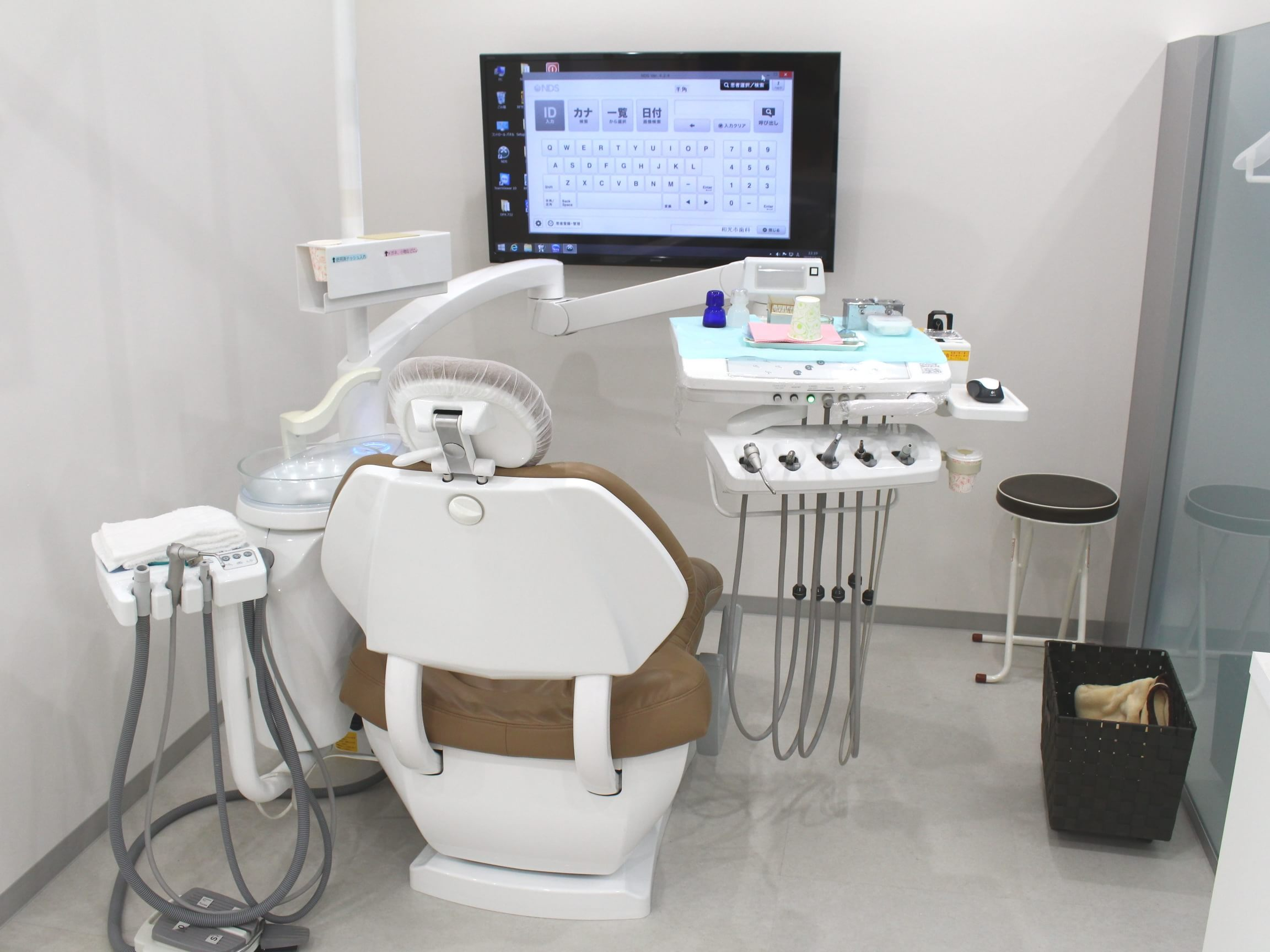 和光市駅 南口徒歩 1分 和光市歯科の治療台写真3