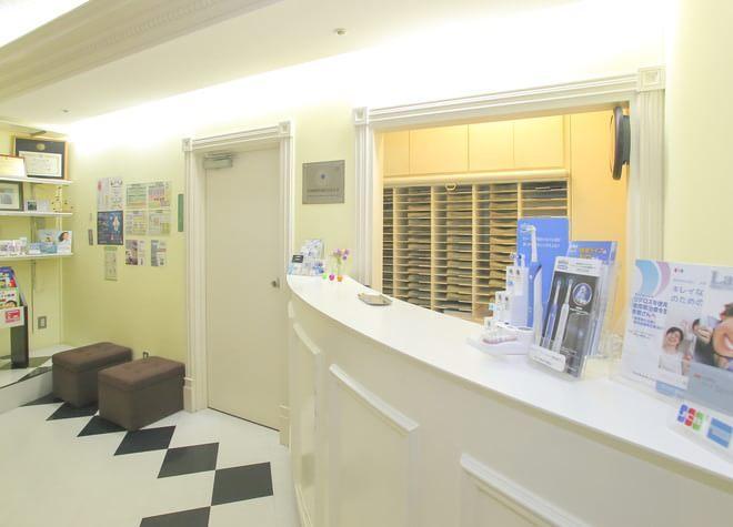 品川駅 無料シャトルバス 2分 ナムラ御殿山ガーデン歯科の治療台写真2