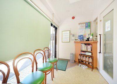 大森駅(東京都) 西口徒歩 12分 北村歯科医院の待合スペースの風景写真3