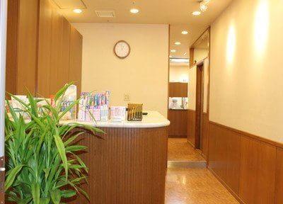 京都市役所前駅 3番出口徒歩1分 たかあき歯科のその他写真1