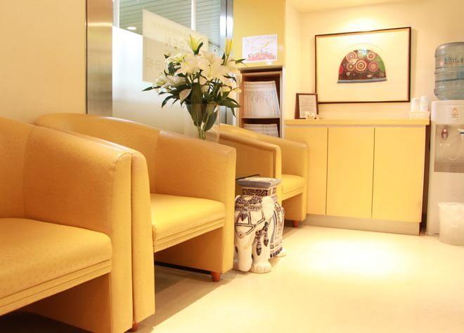 天神駅 4番出口直結徒歩 0分 天神ホワイト歯科クリニックの写真3