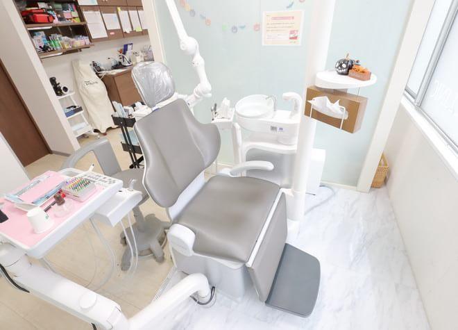 博多駅 博多口徒歩 3分 博多こおり歯科の治療台写真4