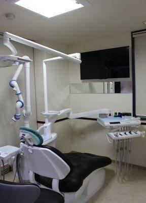 新宿駅 西口徒歩3分 カラサワ歯科クリニックの院内写真4