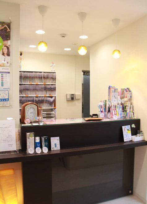【新橋駅 2C出口徒歩3分】 汐留高橋歯科医院の院内写真3