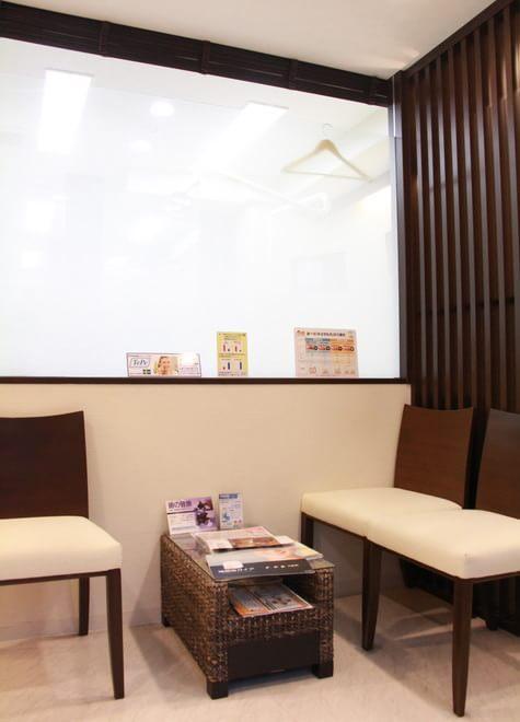 【新橋駅 2C出口徒歩3分】 汐留高橋歯科医院の院内写真5