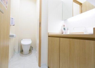 堺筋本町駅 1番出口徒歩8分 やすみつ歯科クリニックの院内写真3