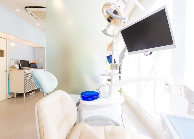 西葛西駅 徒歩1分 西葛西スマイル歯科クリニックの治療台写真5
