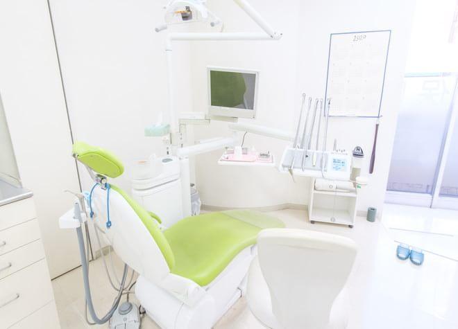 立川駅 南口徒歩5分 たにざわ歯科クリニックの治療台写真3