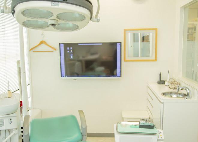 堺駅 東口徒歩 1分 藤田歯科・矯正歯科の治療台写真7