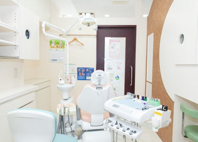 白木原駅 出口徒歩1分 わに歯科医院の治療台写真1