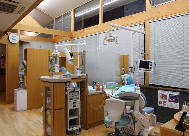 安浦駅 出口徒歩4分 坂本歯科の治療台写真7