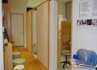 福岡市東区:西鉄香椎駅 徒歩1分 / 香椎駅 徒歩2分  森本歯科の院内写真6
