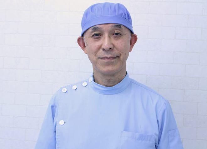 イワサキ歯科医院の院長先生