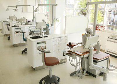 上西歯科医院の画像