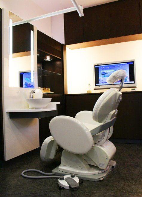 加古川駅 出口車15分 岡野歯科医院の治療台写真6