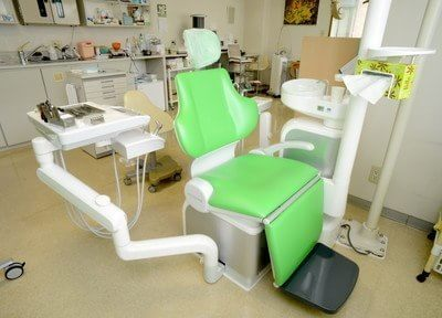 竹松駅 出口徒歩 16分 とやま歯科医院の診療台写真4