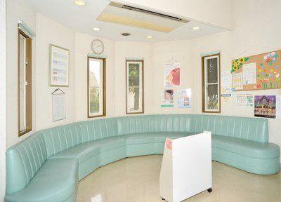 竹松駅 出口徒歩 16分 とやま歯科医院の待合室写真3